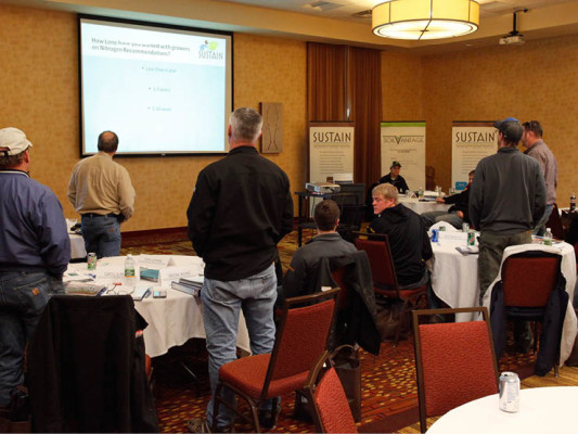 SUSTAIN is a unique platform of United Suppliers designed to optimize crop nutrient and conservation practices on all production acres. Here, WFS agronomists participate in a training exercise to boost their knowledge of conservation and the platform.